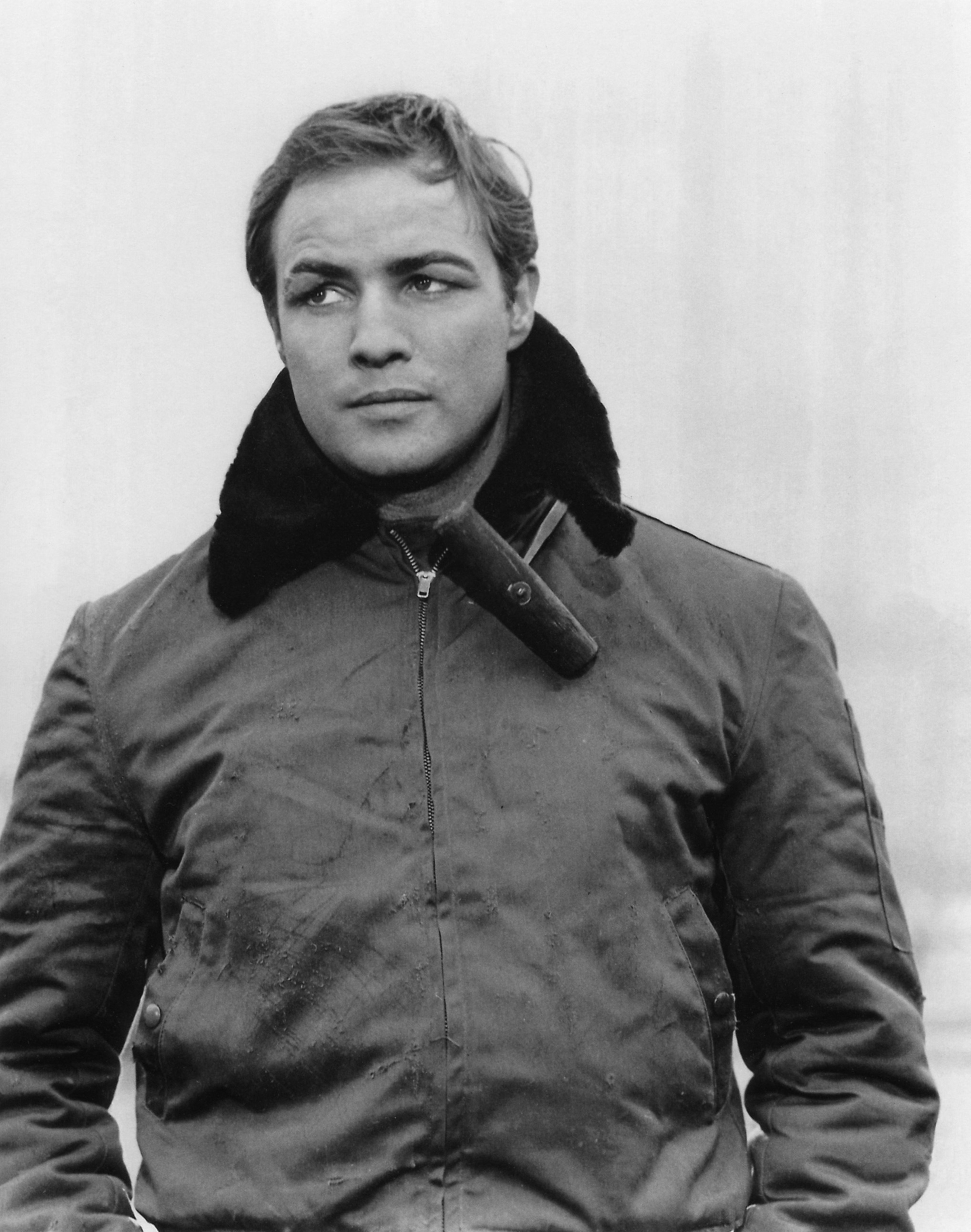 on the waterfront On the waterfront is a 1954 film about an ex-prize fighter turned longshoreman who struggles to stand up to his corrupt union bosses directed by elia kazan  written by budd schulberg , based on magazine articles by malcolm johnson.