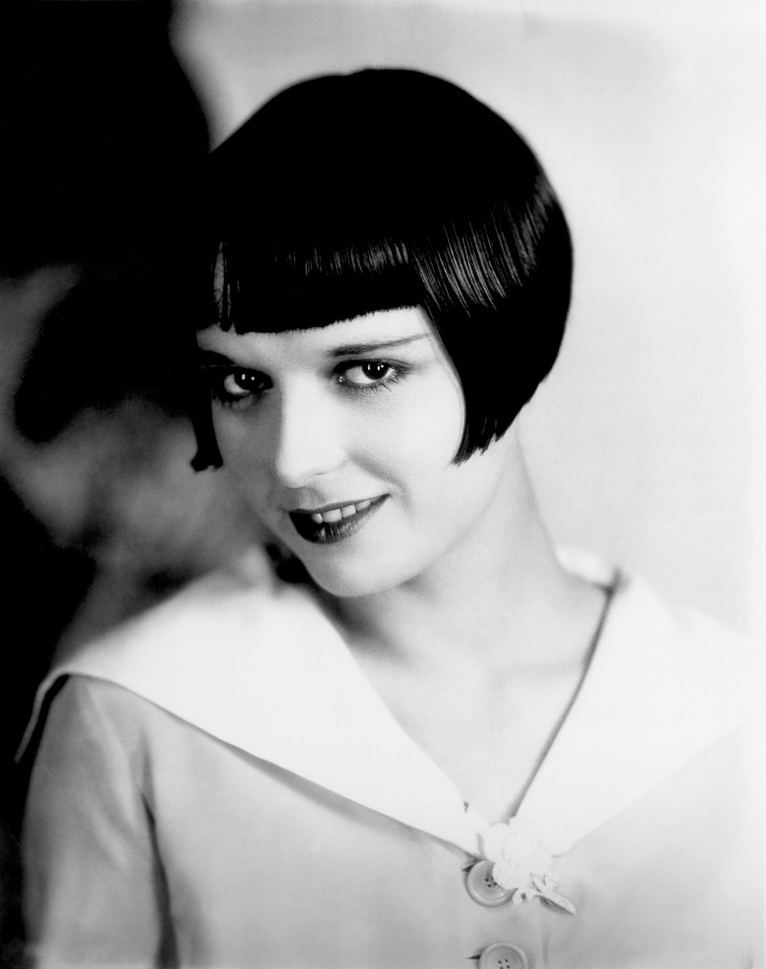louise brooks height