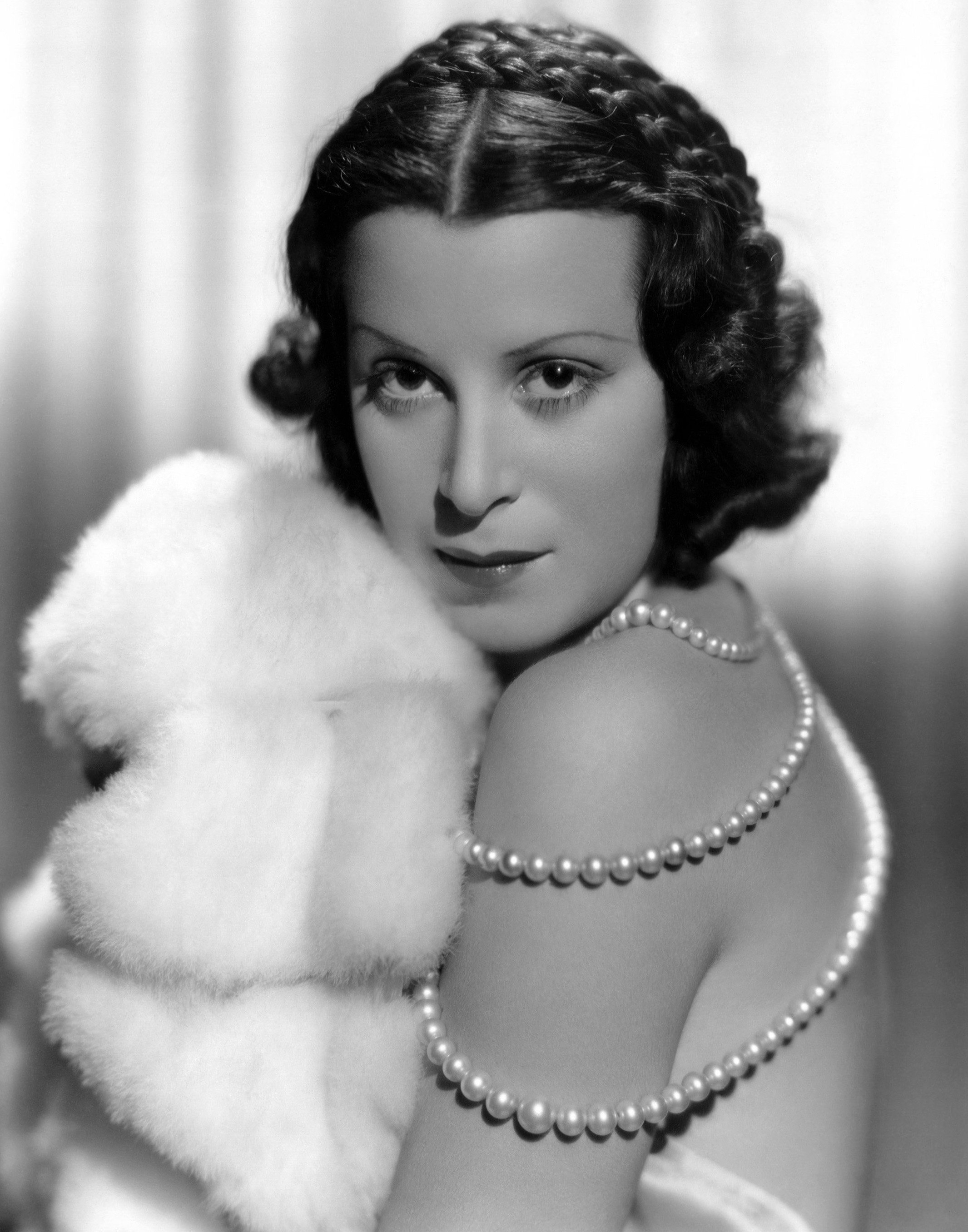 kitty carlisle hart theatre lounge