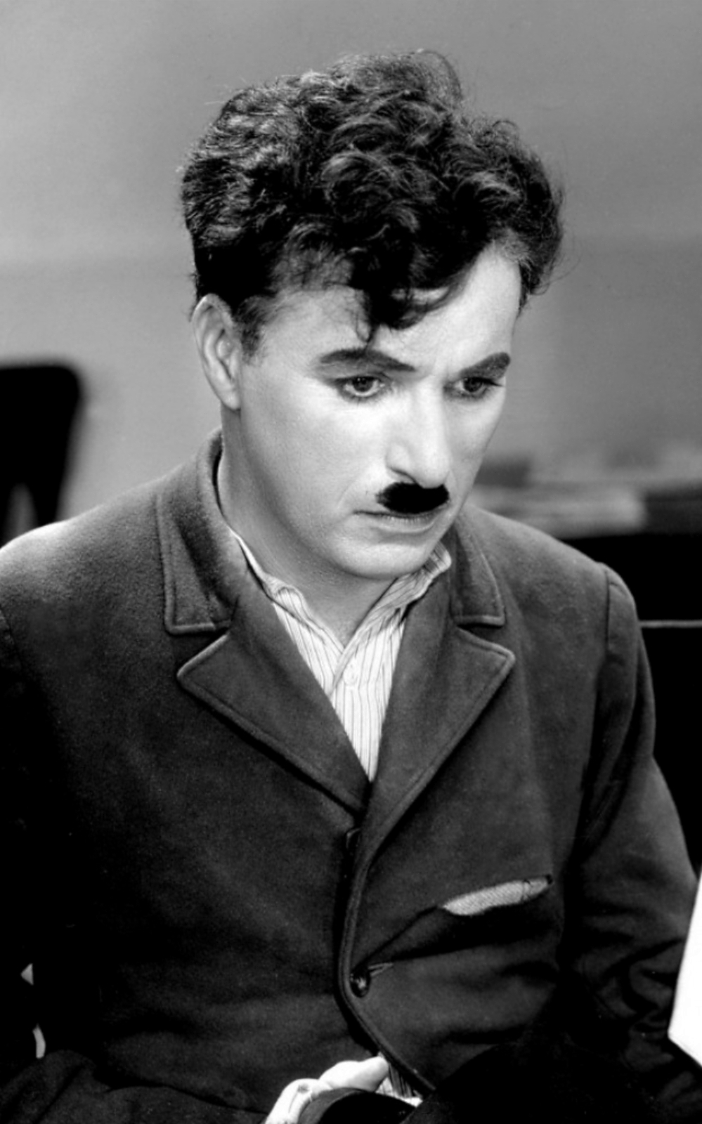charlie chaplin s film modern times Even now, my voice is reaching millions throughout the world  charlie chaplin  was famous in a way that no one had been before arguably, no one  his two  most enduringly popular features, modern times and the great.