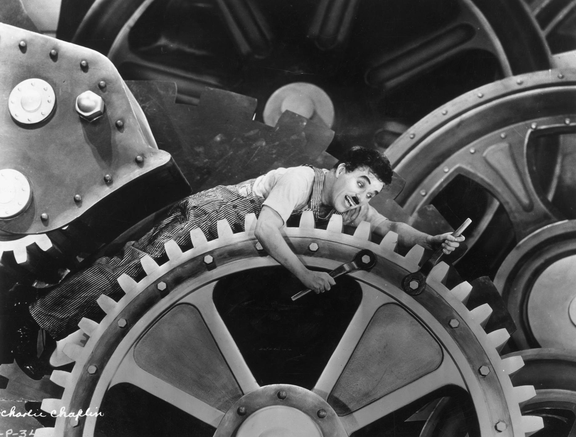 "an analysis of the charlie chaplin character in modern times Screenprism is the hub for film and tv analysis how does ""modern times"" illustrate karl marx's 21, 2015 