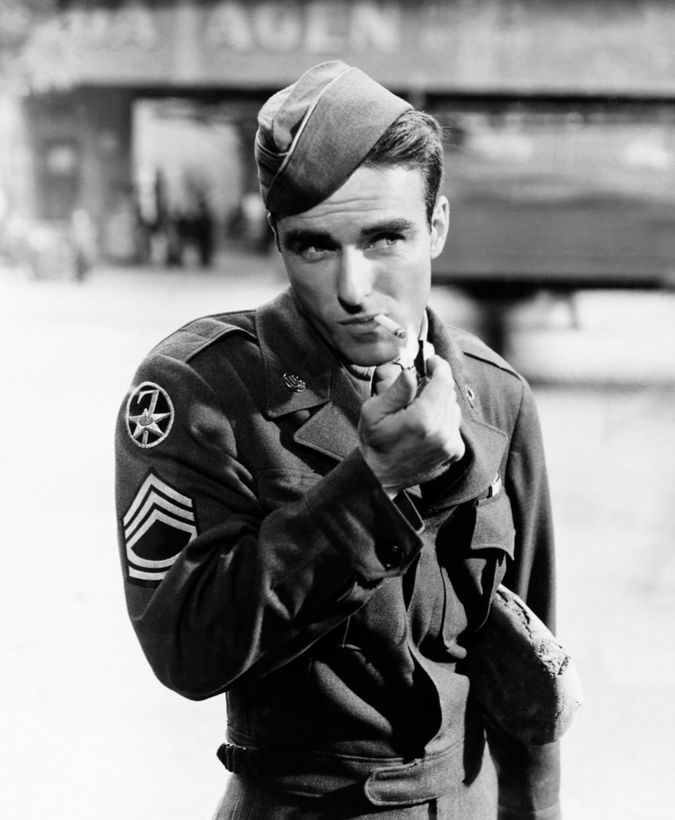 how tall is montgomery clift