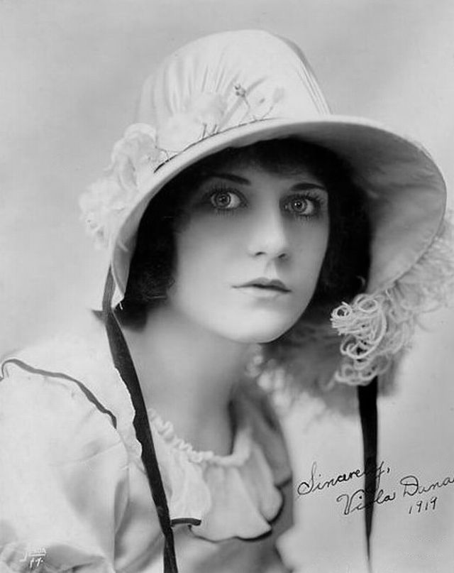 The gallery for --> Viola Dana Buster Keaton