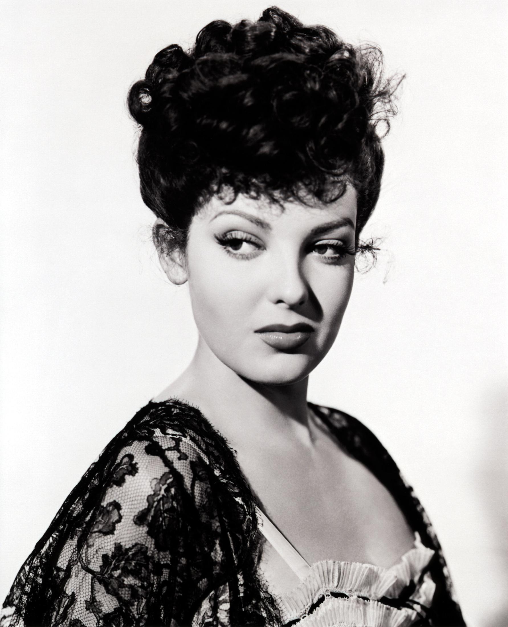 1940s Hairstyles Vintage Living Daniela Turudich