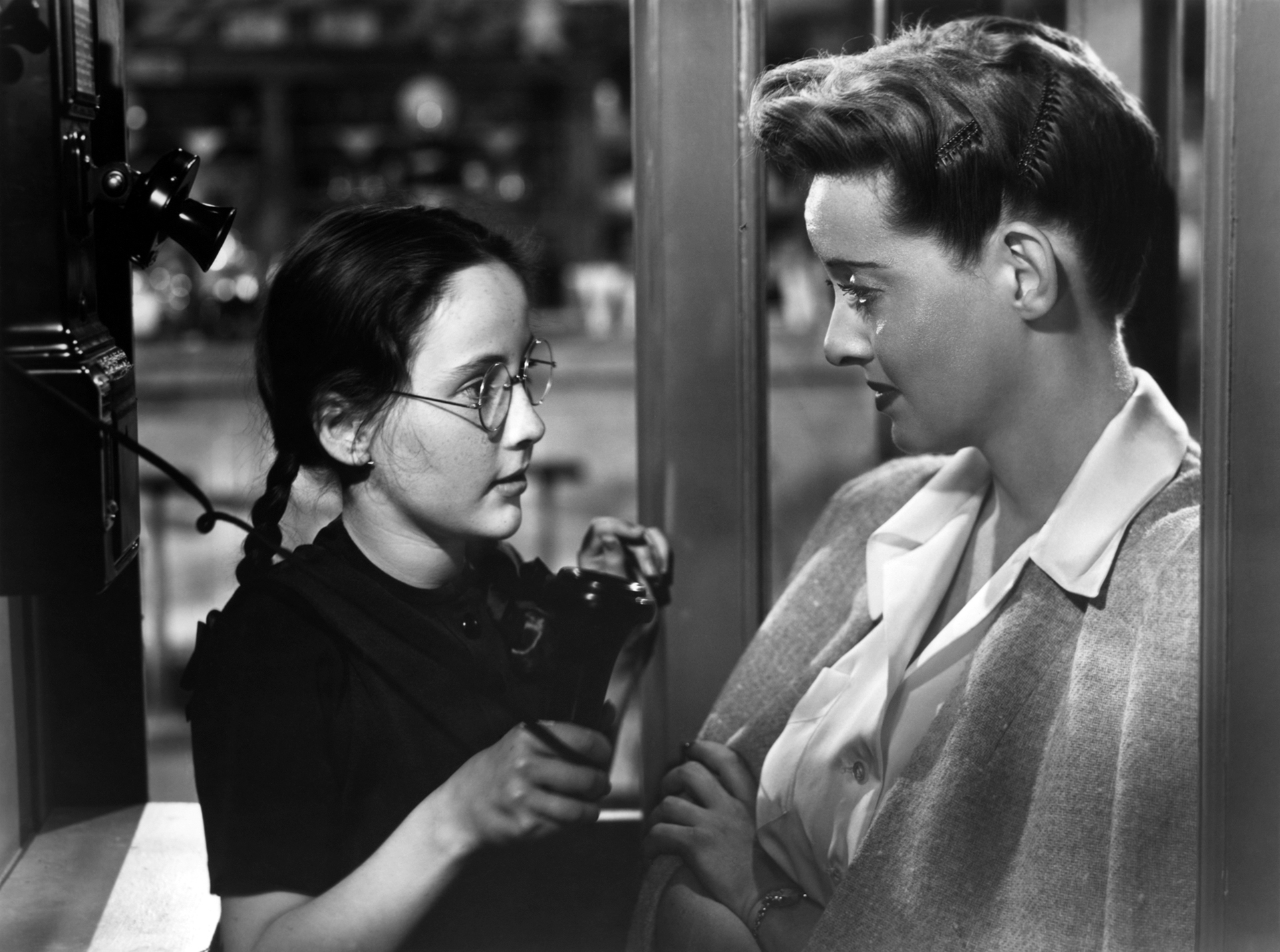 Frankly  My Dear  Sunday Movie Review   Now  Voyager