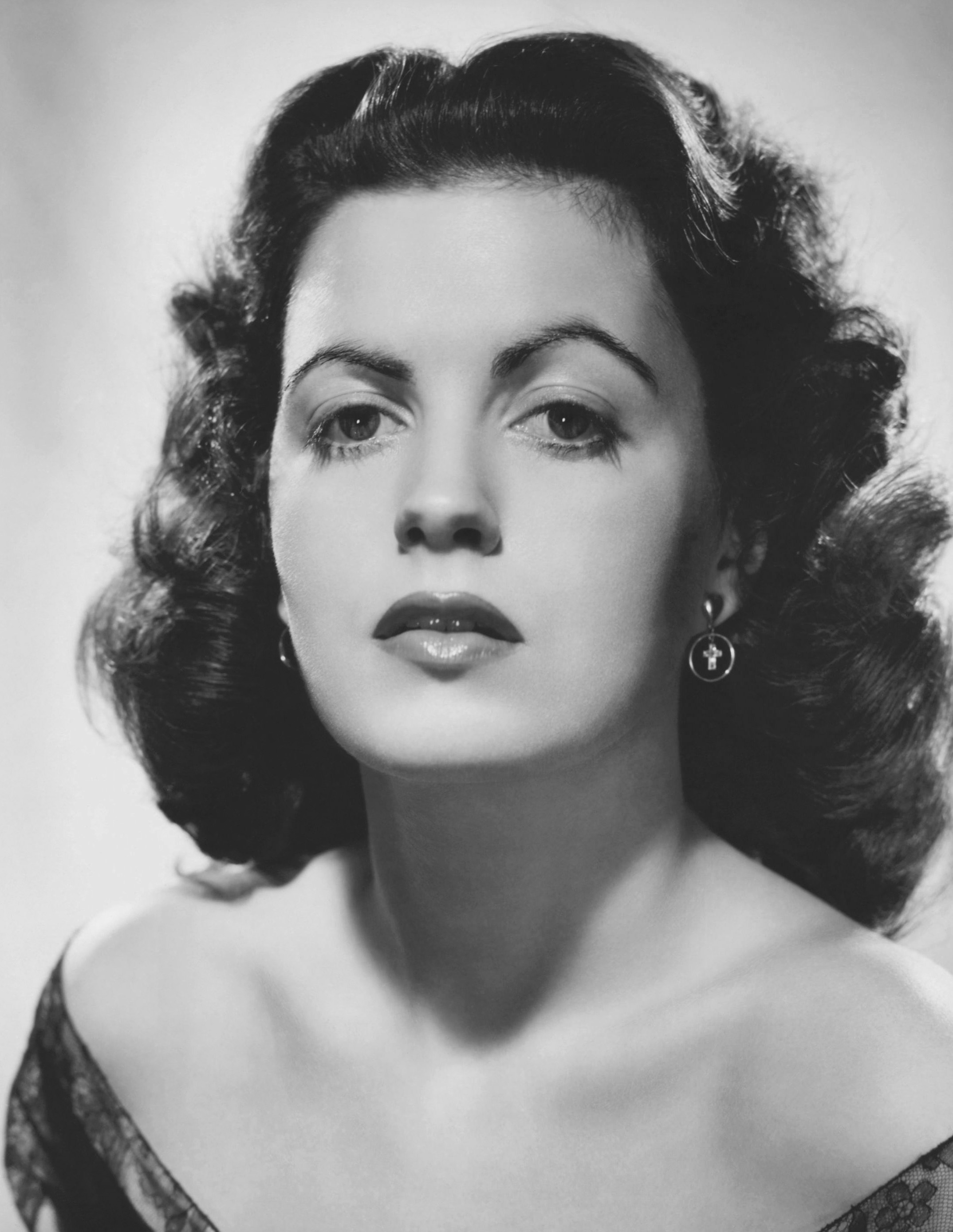 Discussion on this topic: Alicia Rickter, faith-domergue/