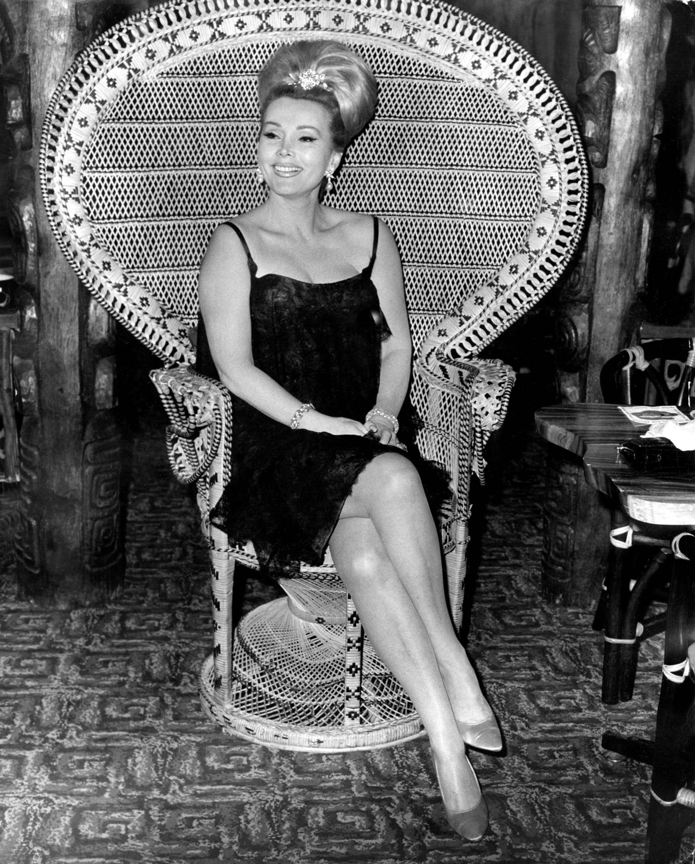 zsa zsa gabor dating Drop dead darling (us title: arrivederci, baby) is a 1966 british comedy crime film directed by ken hughes and starring tony curtis, rosanna schiaffino, lionel jeffries and zsa zsa gabor.