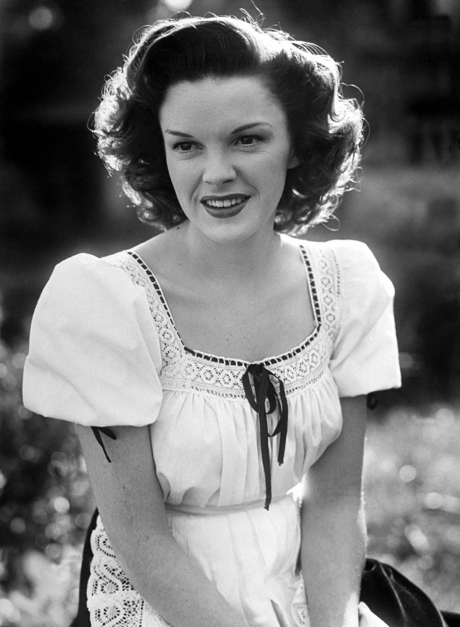 Judy garland annex2 Dorothy gale