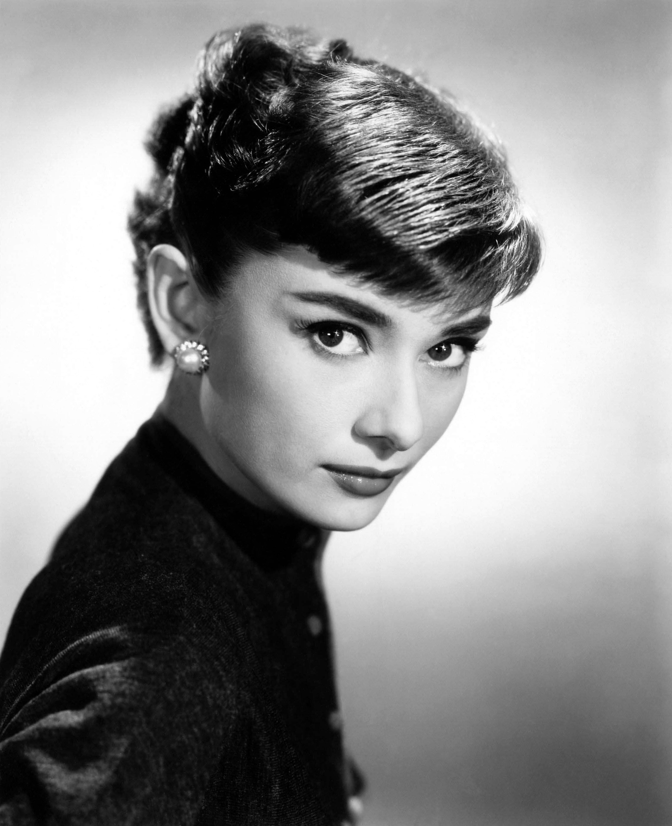 Audrey hepburn annex3 Classic christmas films black and white