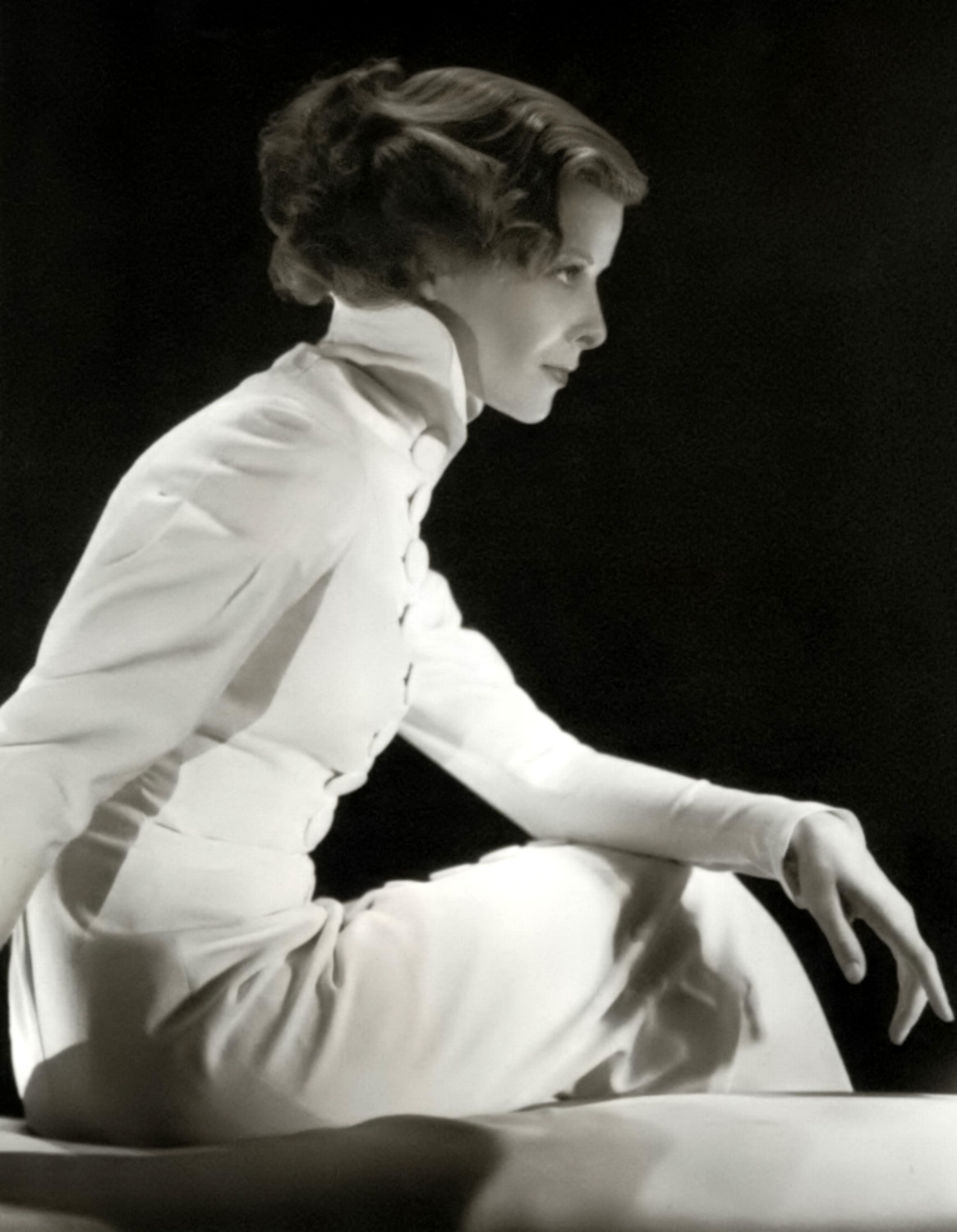 katharine hepburn Find the location of katharine hepburn's star on the hollywood walk of fame, read a biography, see related stars and browse a map of important places in their career.