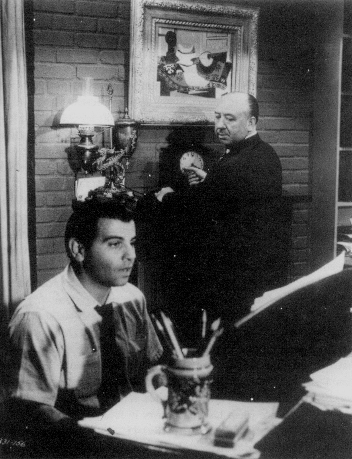 alfred hitchcock rear window essay  alfred hitchcock rear window essay