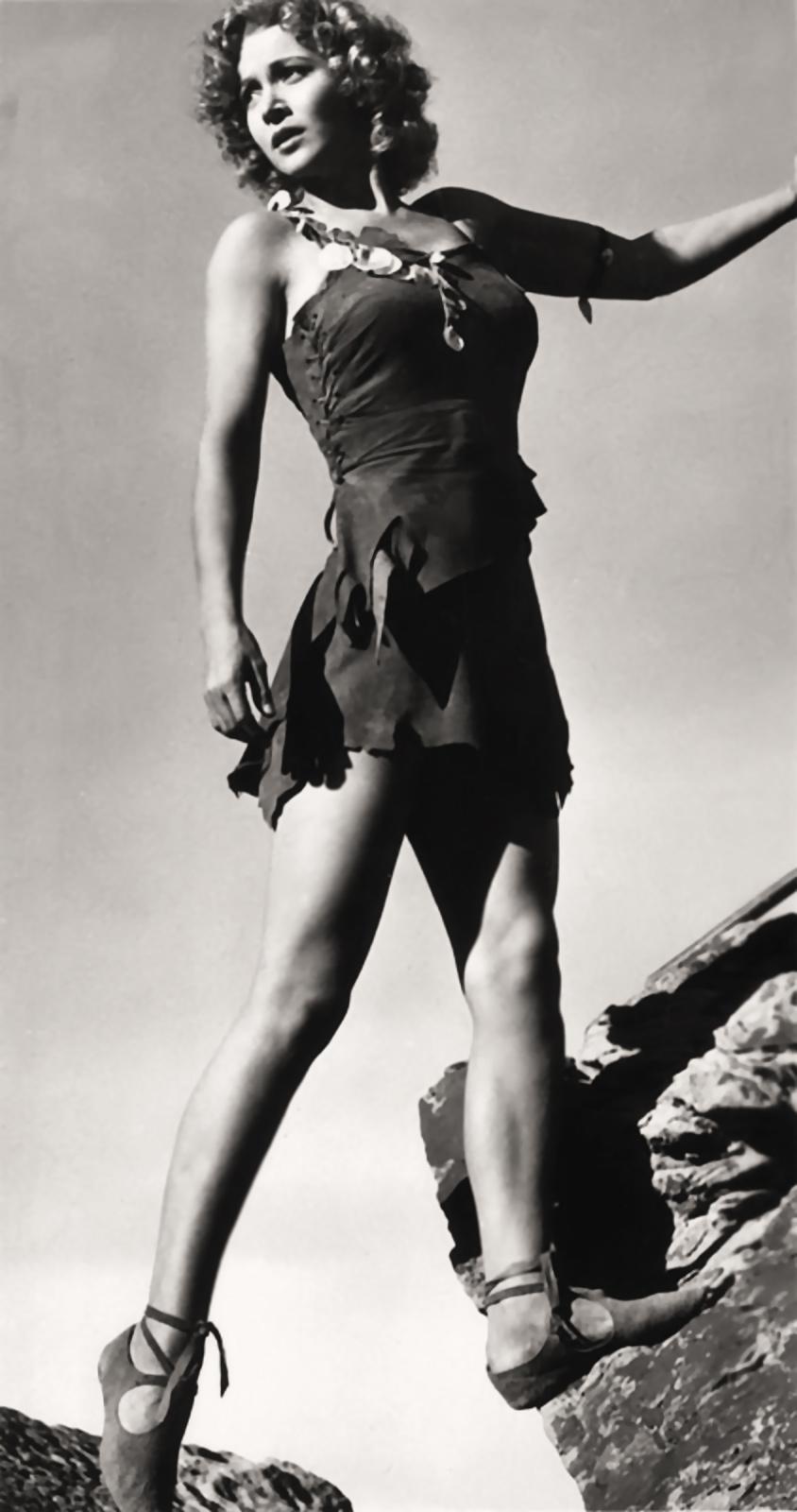 Jane Lawrence,Paul Scofield (1922?008) Adult video Ayesha Jhulka,Penny Layden