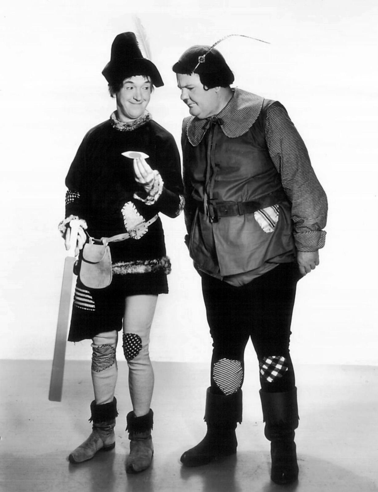 Annex - Laurel & Hardy (Babes in Toyland)_NRFPT_03.jpg (1228×1600)