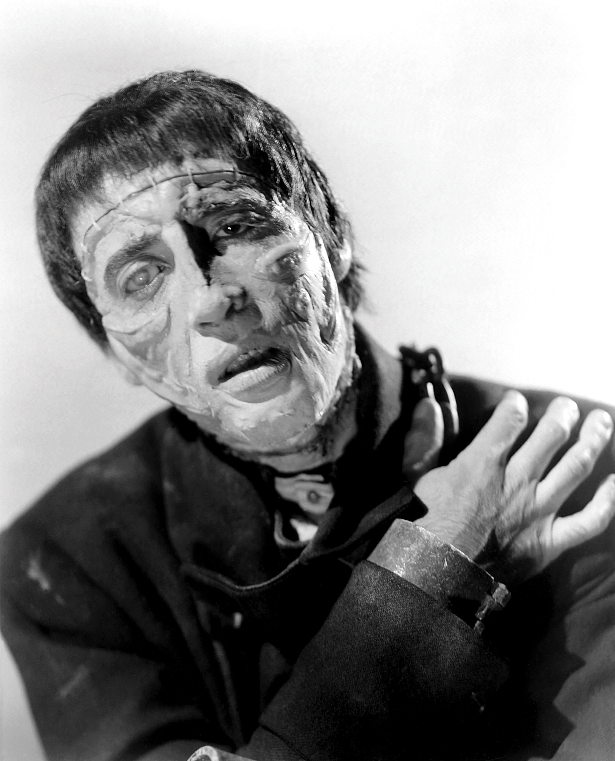 frankenstein to what extent does the Frankenstein's parallels with god uploaded by sean joudry this is an essay for ap english 12 which required one to write an essay on a topic of their choice regarding the book they read.
