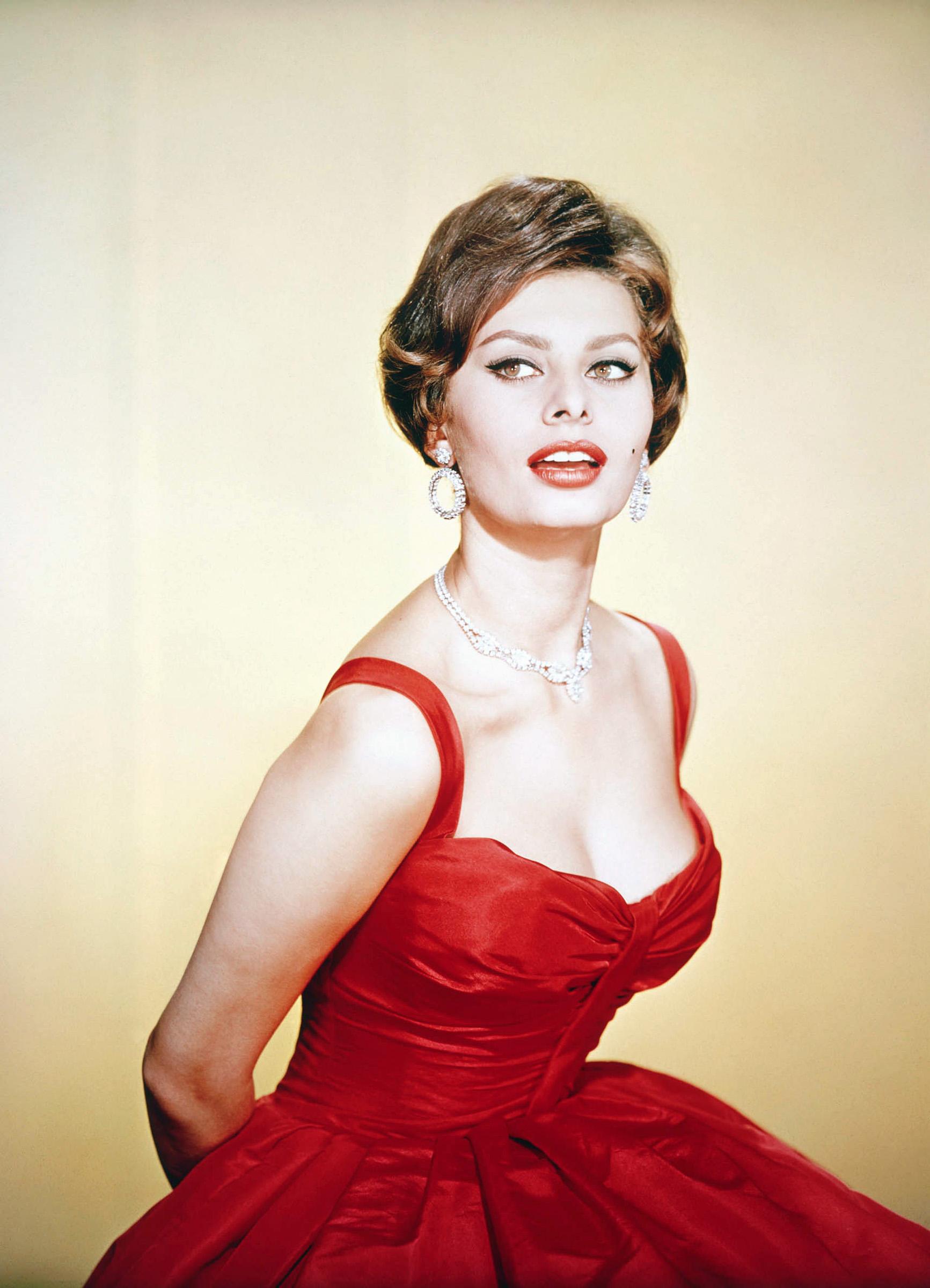 Sophia Loren Net Worth