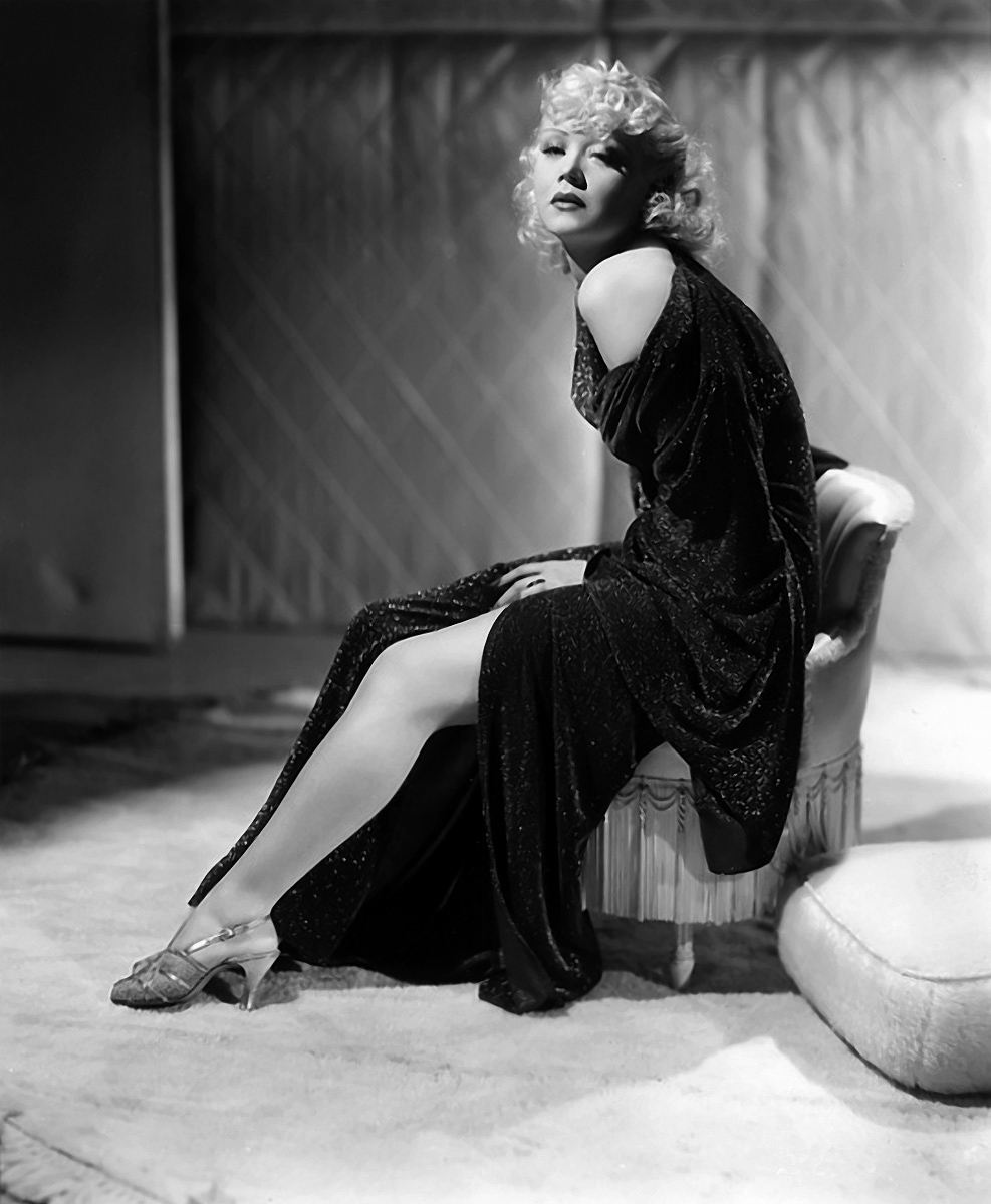 pictures Marion Martin