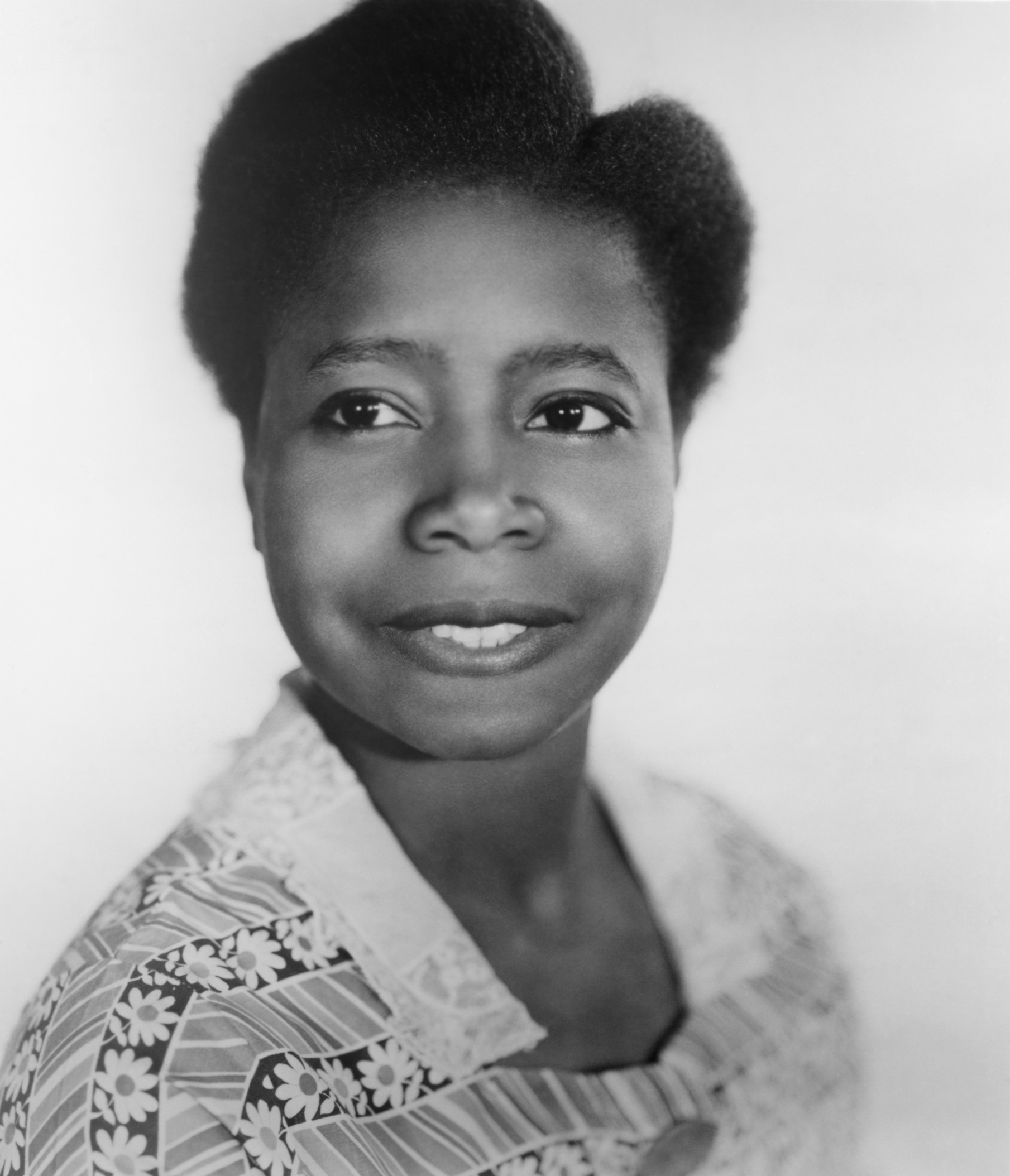 People of Color in Classic Film: Happy Birthday, Butterfly ...  Butterfly Mcqueen Gone With The Wind