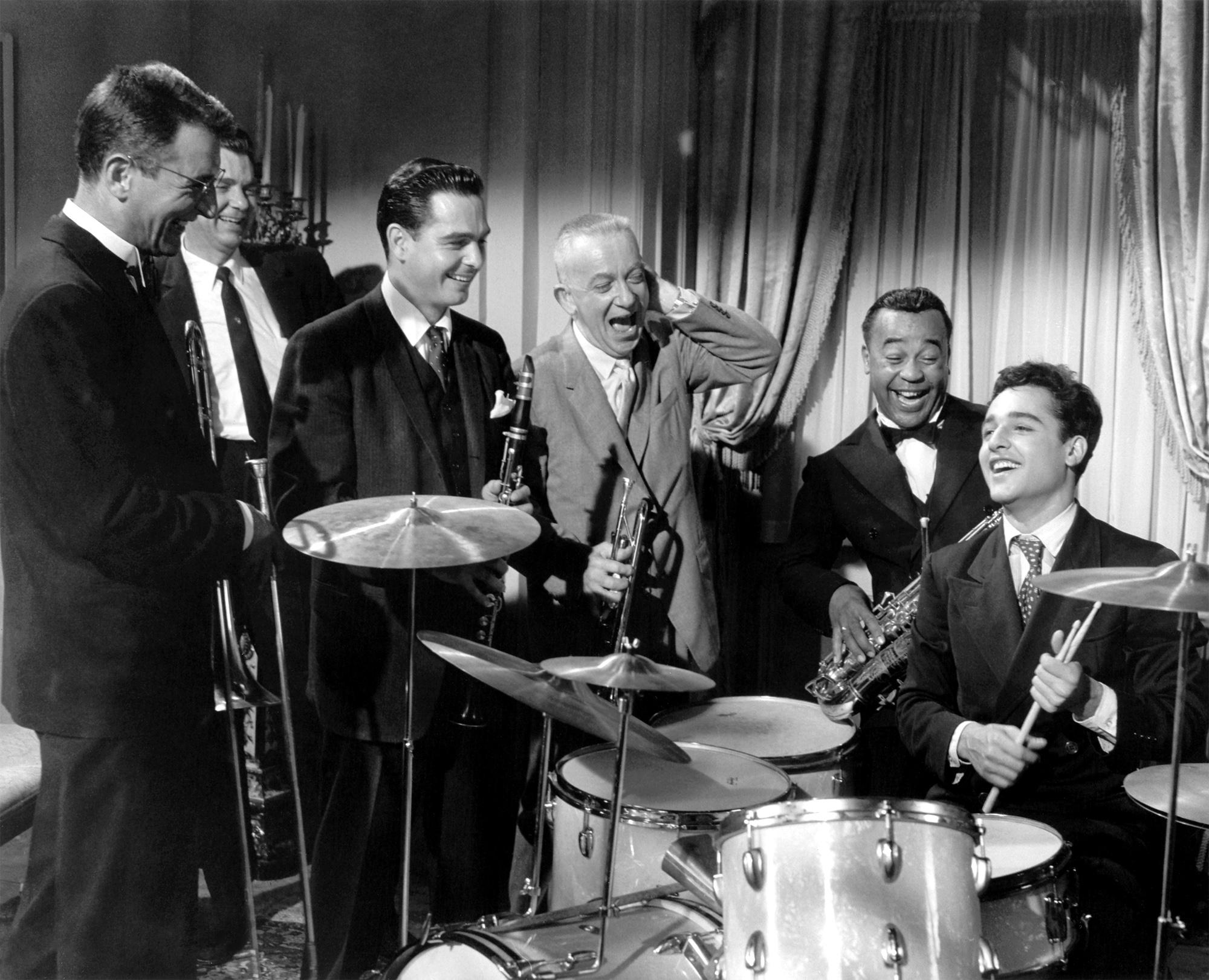Gene Krupa And His Orchestra - Never Felt Better Never Had Less - Do You Wanna Jump Children