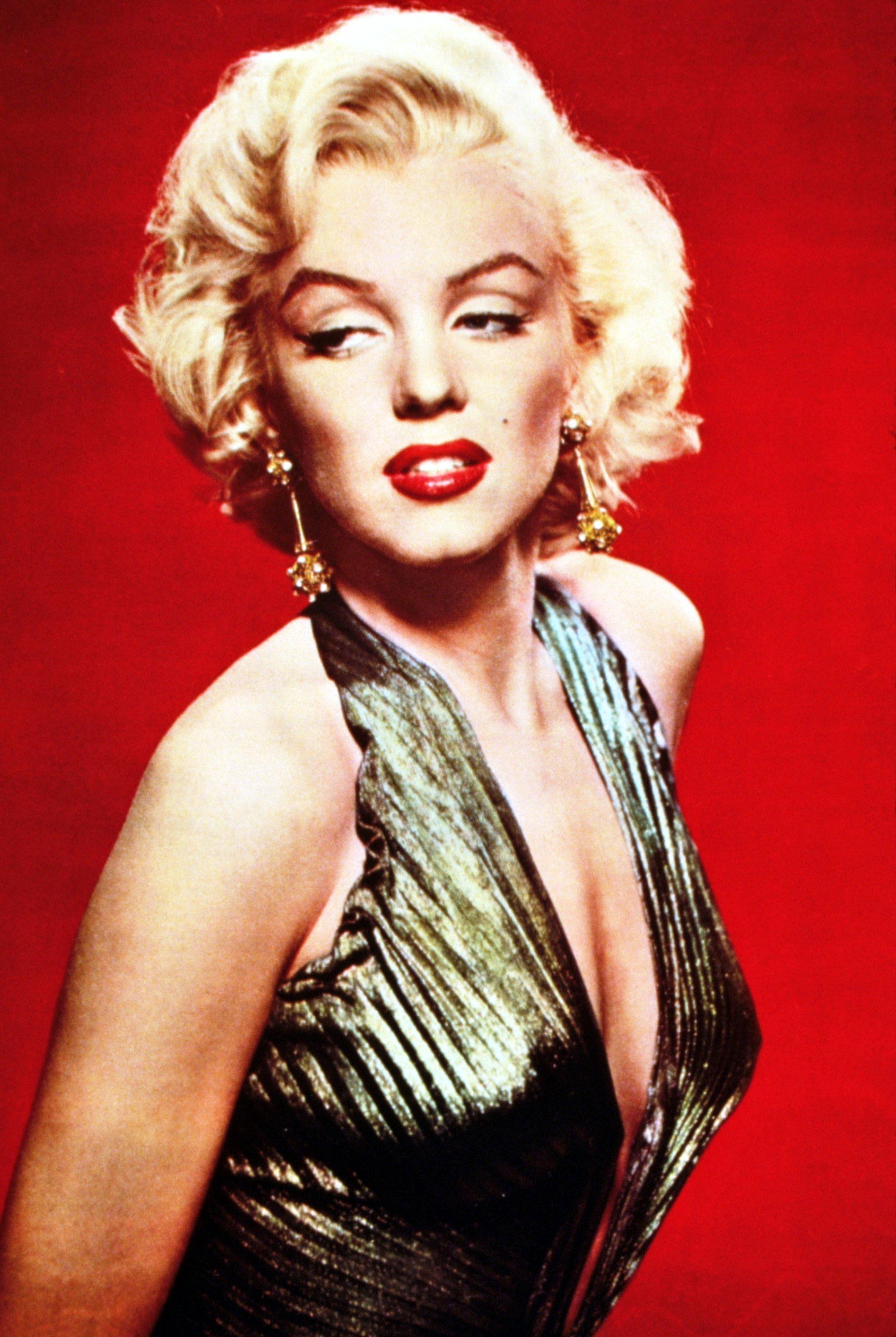 Marilyn Monroe Living Room Decor: 1301 Conspiracy Theories: Marilyn Monroe By Hannah Sharer