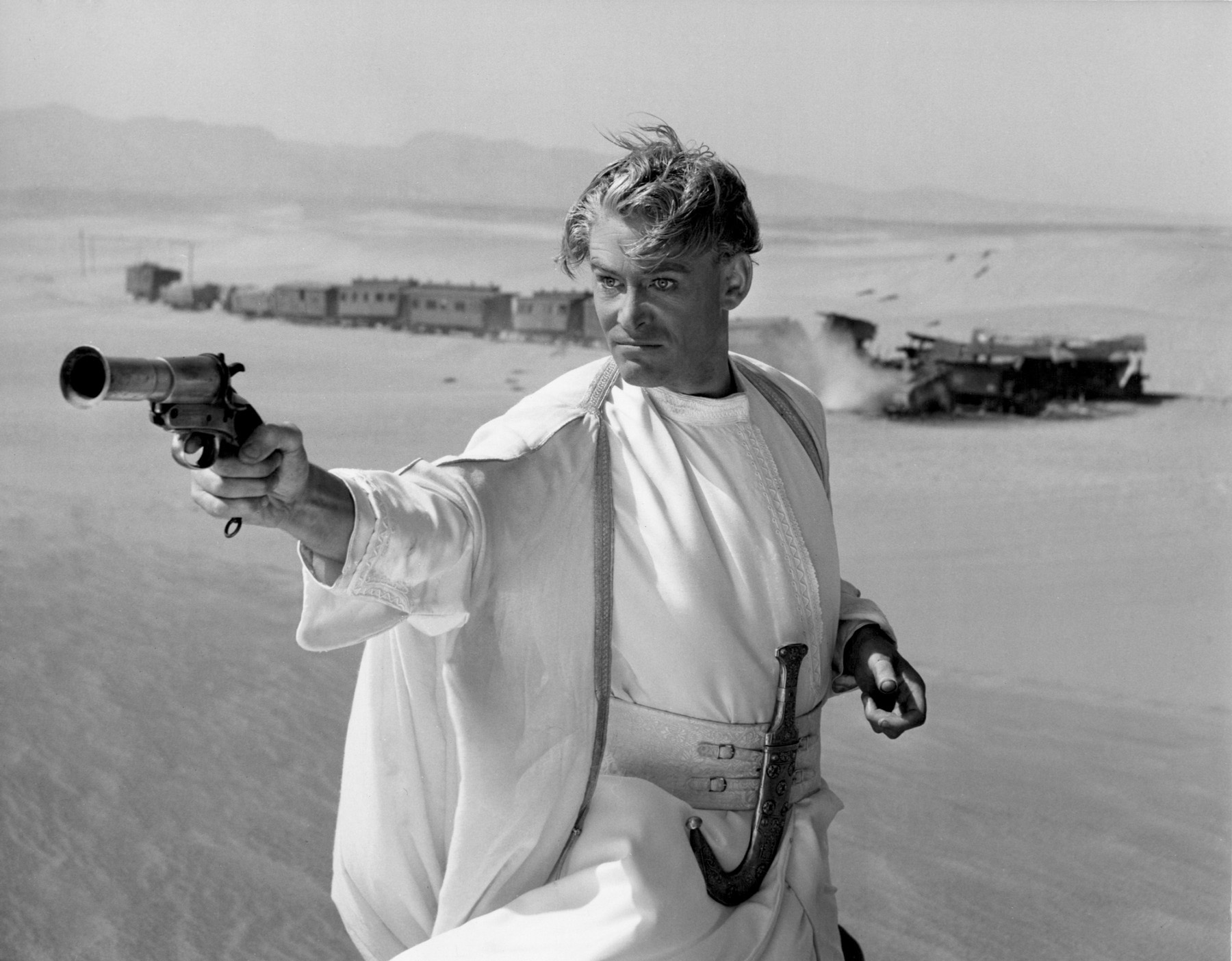 an analysis of david leans movie lawrence of arabia Dominic monaghan on lawrence of arabia (0:37)  david lean (dir)   summary: in 1916 british intelligence supports the arab rebellion against the.