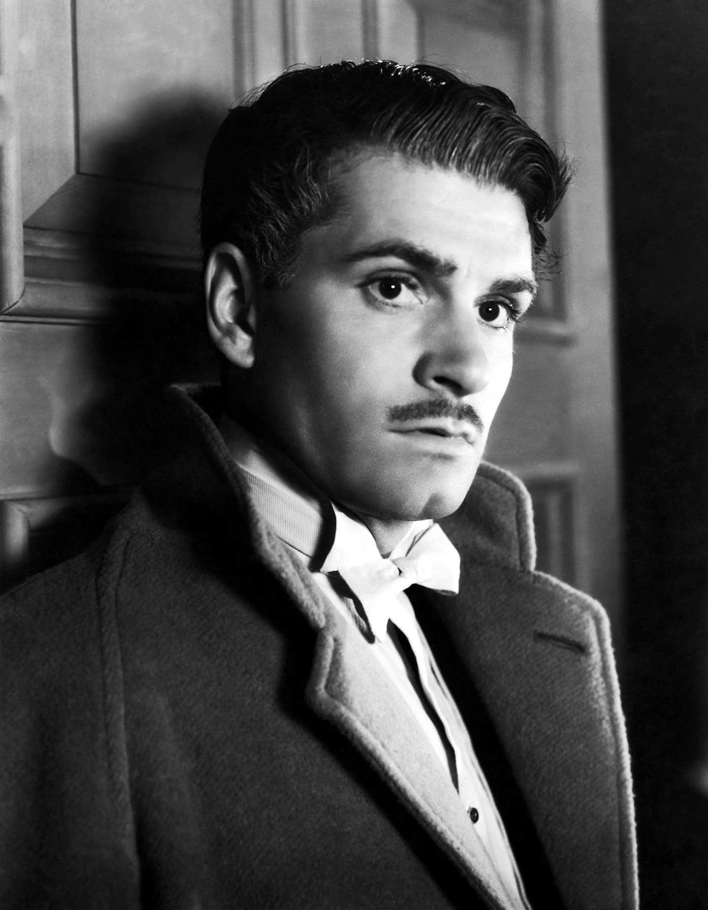 lawrence olivier height