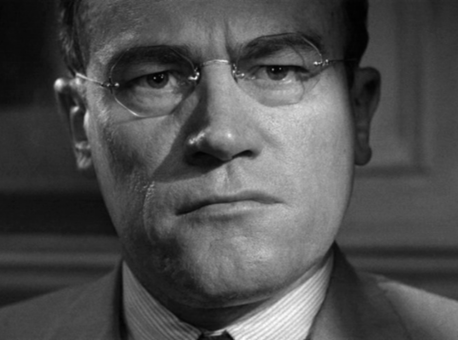 12 angry man Free essay: 12 angry men when placed in a group with different personalities, you have to find a way to work and communicate effectively as a team of course.