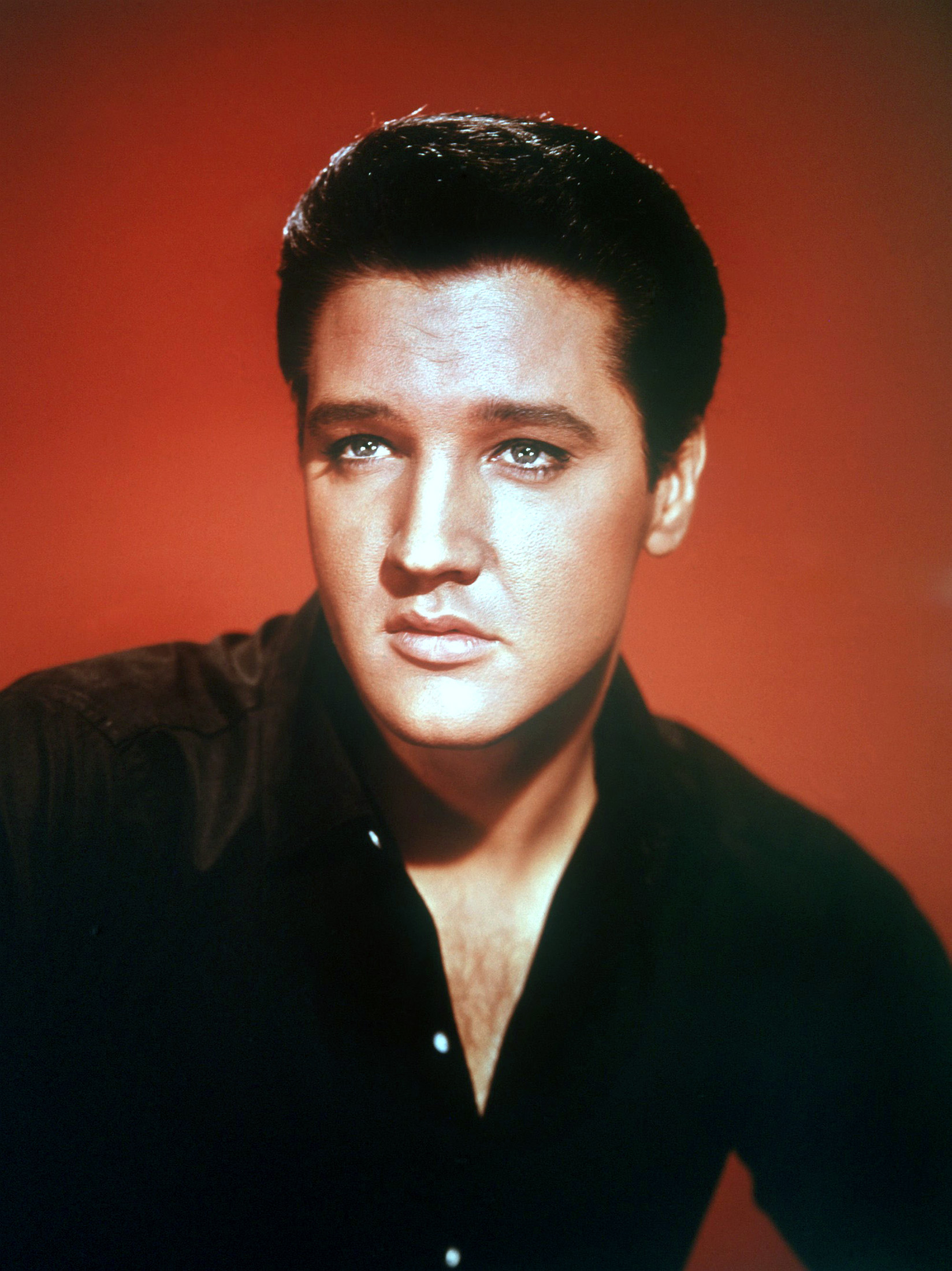 Elvis eye colour