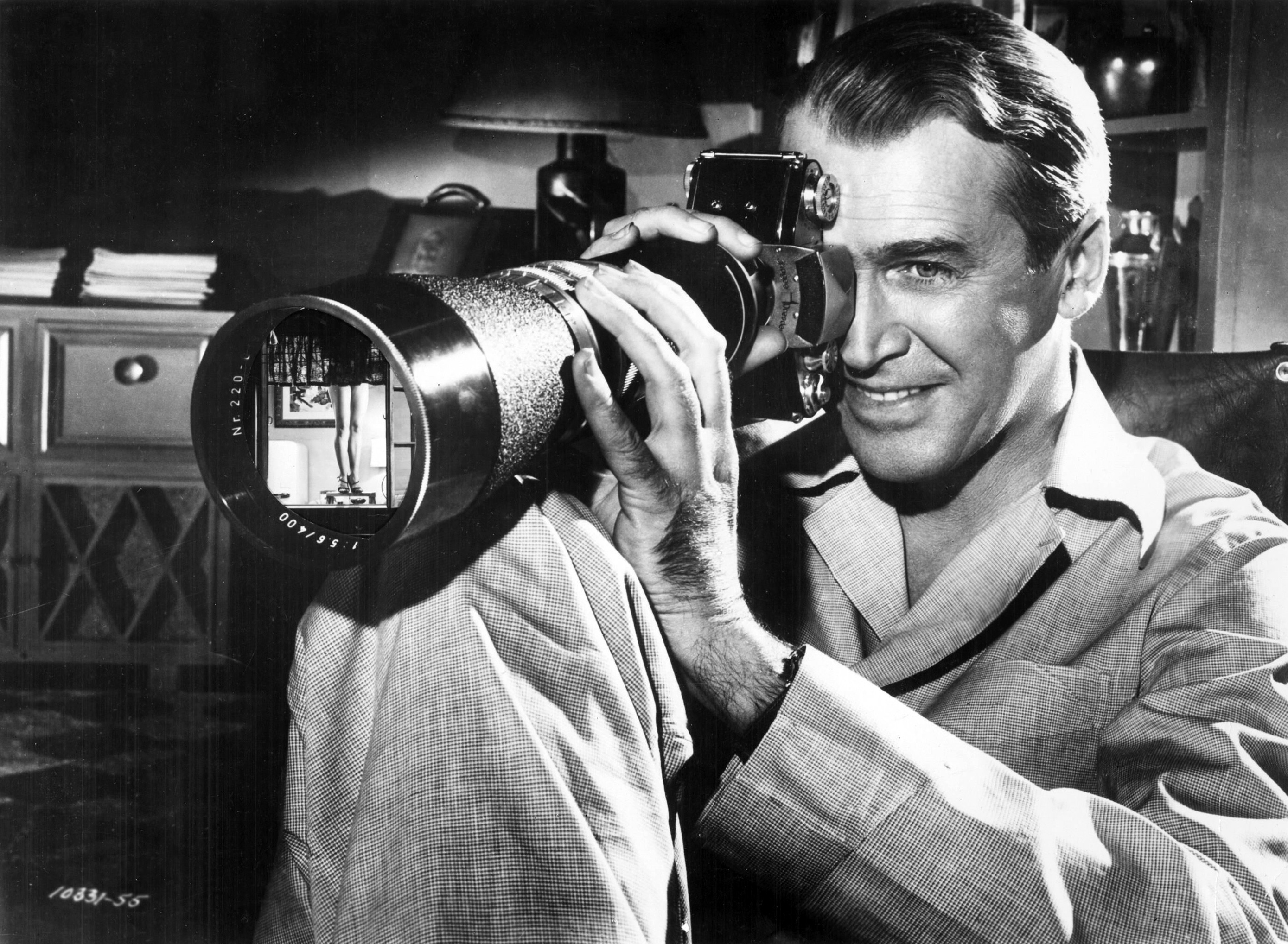 an analysis of the movie rear window Watching alfred hitchcock's 1954 thriller rear window is an interesting and somewhat unusual experience on one hand you're a passive spectator watching a film about a recently-incapacitated photographer spying on his neighbors out of boredom, but on the other you are an extension of good ol' jimmy.