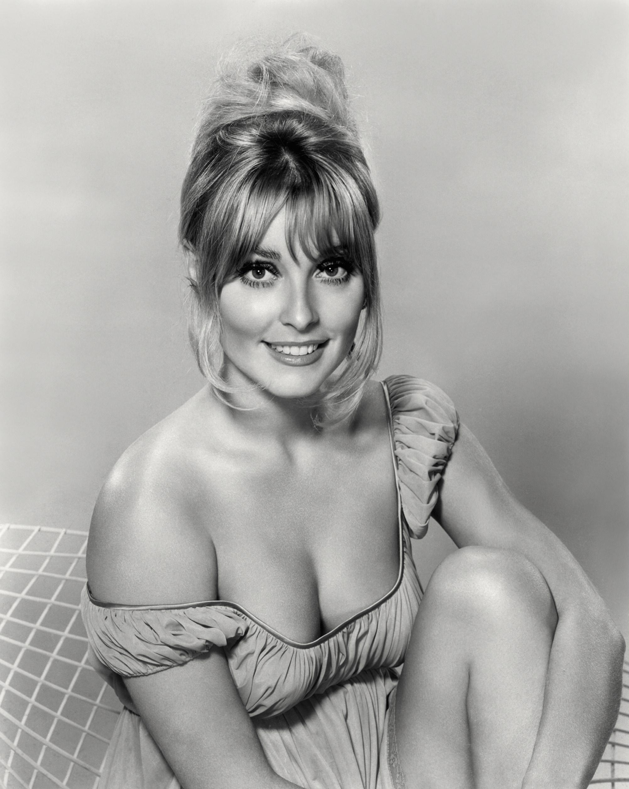 Sharon Tate - Actress Wallpapers