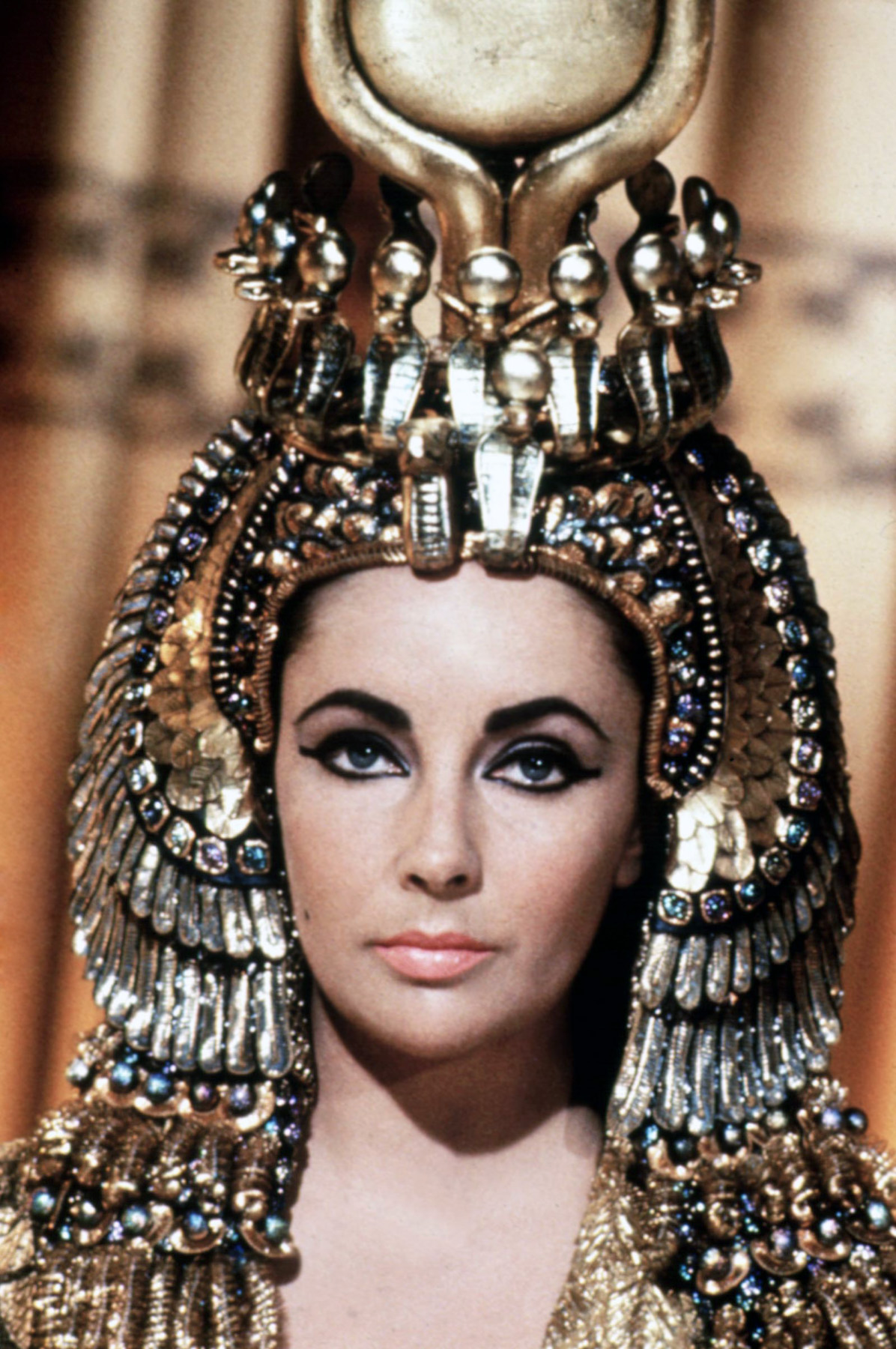 http://www.doctormacro.com/Images/Taylor,%20Elizabeth/Annex/Annex%20-%20Taylor,%20Elizabeth%20(Cleopatra)_01.jpg