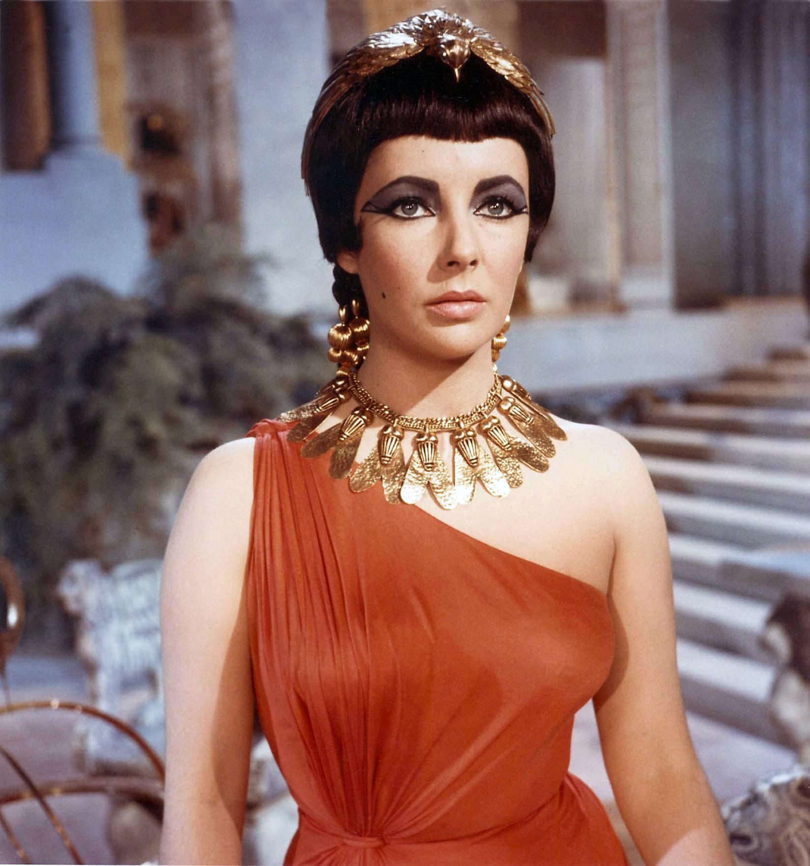 [Image: Annex%20-%20Taylor,%20Elizabeth%20(Cleopatra)_12.jpg]