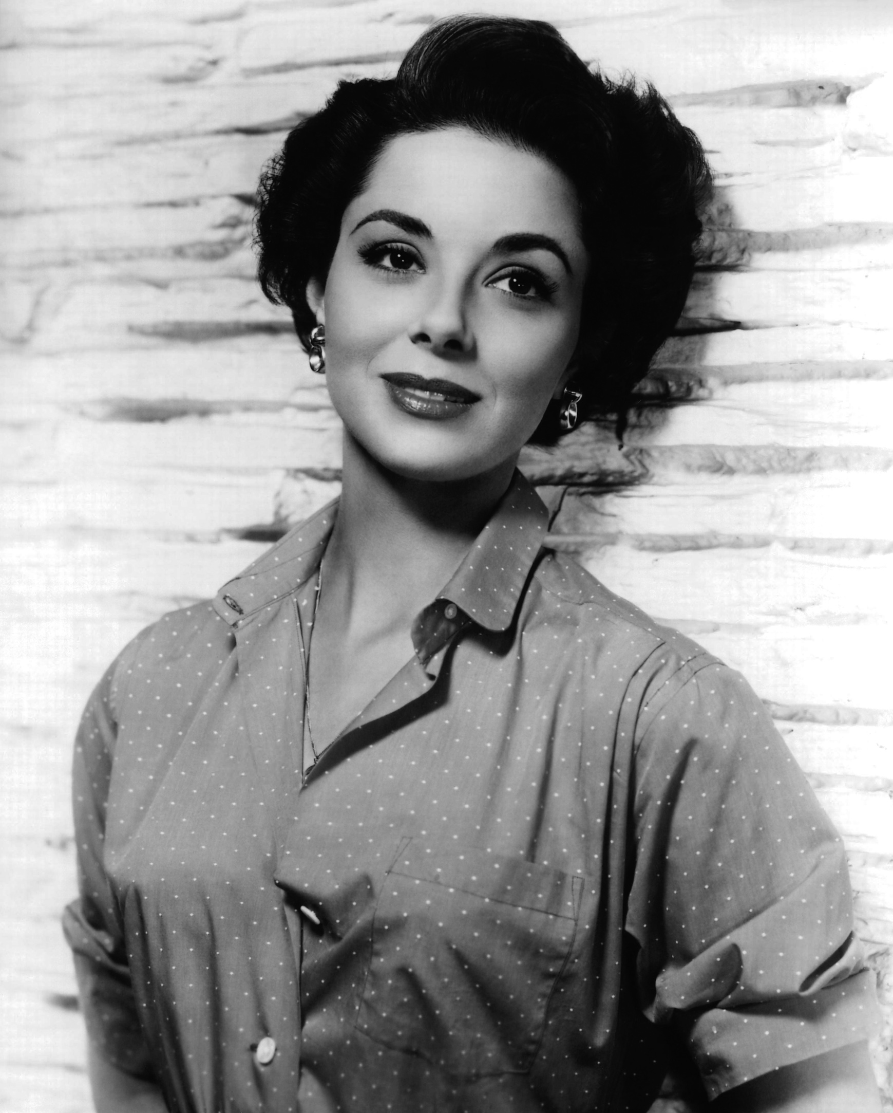 dana wynter feet