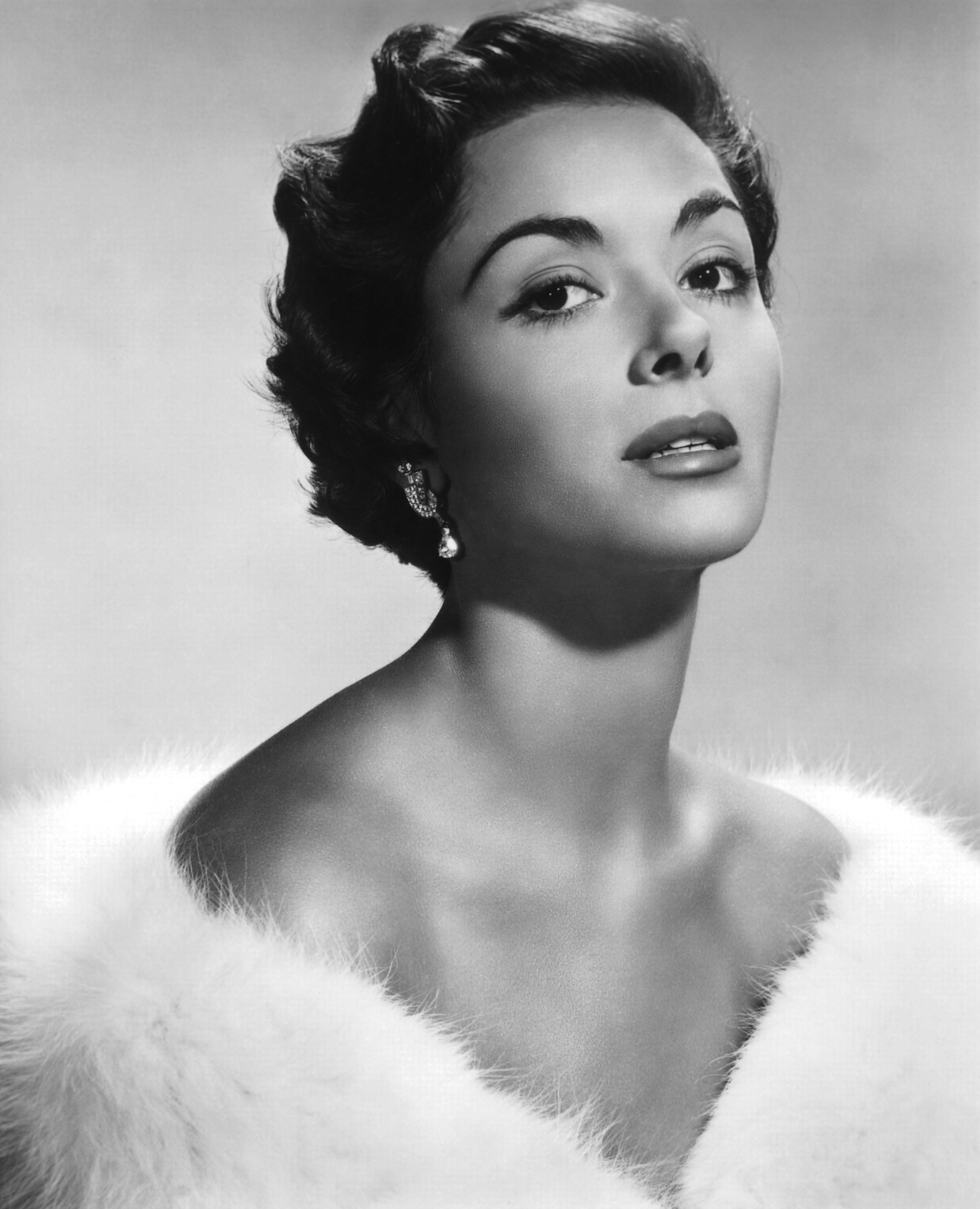 dana wynter find a grave
